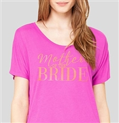"""Mother Of The Bride"" Modern Gold Flowy T-Shirt: Magenta 
